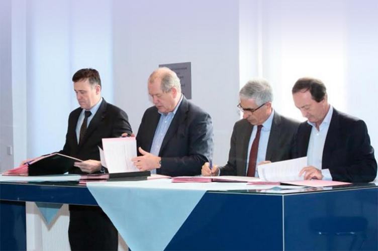 "Franck Bournois, Patrick Gounelle, Michel-Edouard Leclerc was signing for The ""Future of retail in Society 4.0"" Chair."