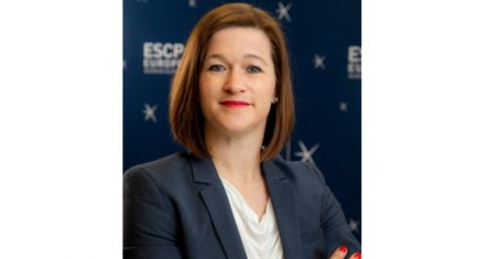 Picture of Prof. Dr. Kerstin Alfes, ESCP Berlin's Academic Director of the MBA in International Management.